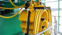 Power supply with festoon system for ship unloader